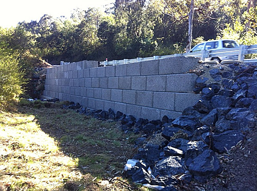 Gravity Wall Systems Mass Concrete Retaining Wall System